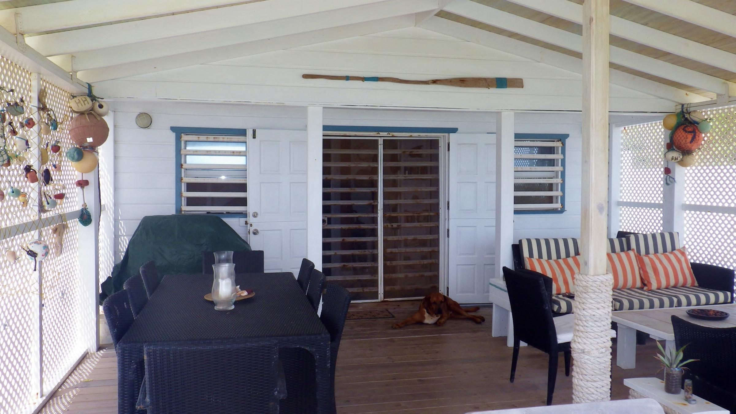 balcony boathouse